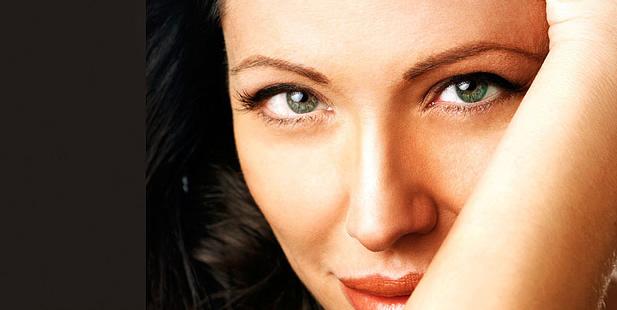 Te presentamos a Francesca, doble de Angelina Jolie